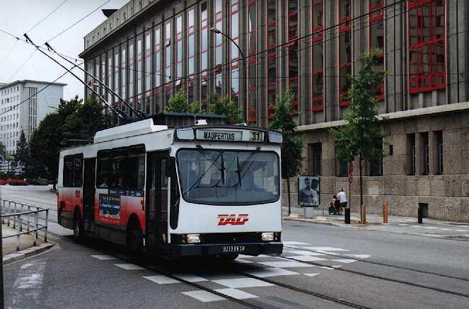 ER100 n°717