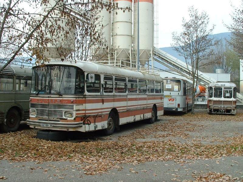 le S 53-M, sur le parking du dépôt VFD