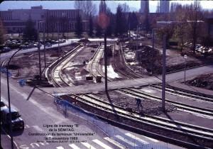 Ligne de tram ''B'' = travaux = terminus Universités
