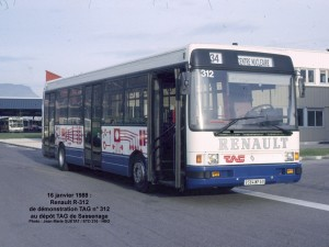 Renault R 312 de démonstration sur la ligne 34