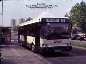 Renault R 312 de démonstration sur ligne 13