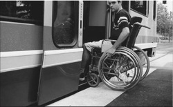 L'accessibilité, du tramway grenoblois – © Jean-Marie Guétat