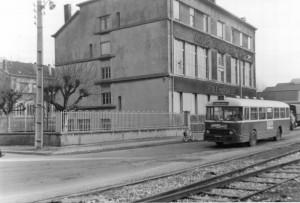 Chausson APH-2/522 de la ligne 9 au terminus Cité Jean Macé © Jean-Marie Guétat