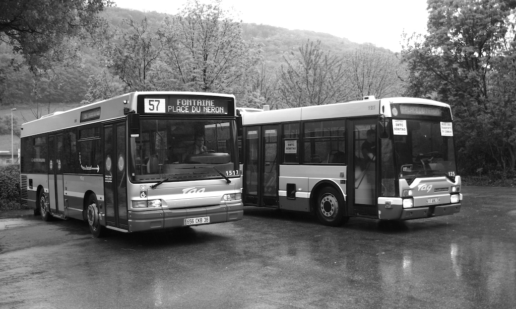 Midibus et minibus